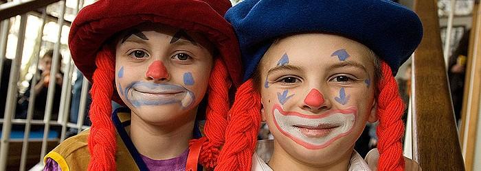 a cavalcade of clowns